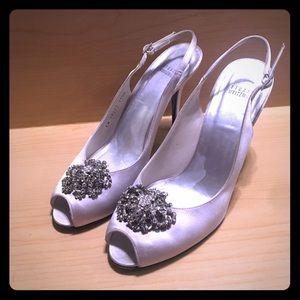 Stuart Weitzman Silver Satin Peep-Toe Heels sz11.5